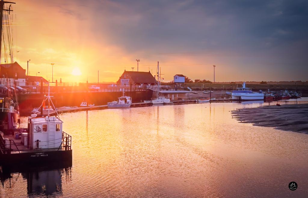 Wells On Sea Harbour Sunset